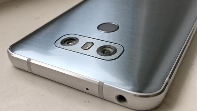 LG G6 06